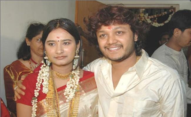Hero Ganesh Wife Shilpa Complaint On Social Media Virals - Sakshi