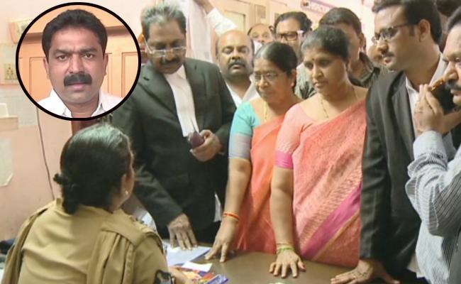 YSRCP Leaders Fires On TDP MLA Bode Prasad - Sakshi
