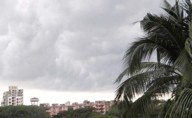 Heavy Rain in Telugu States - Sakshi