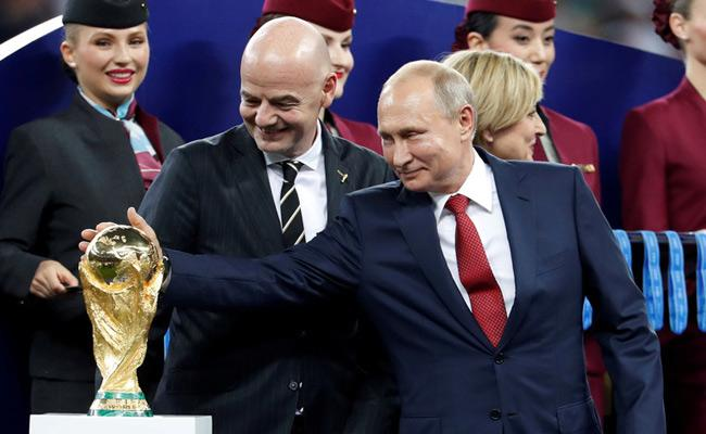 Vladimir Putin Gives Fifa Fans Visa Free Russia Entry All Year - Sakshi