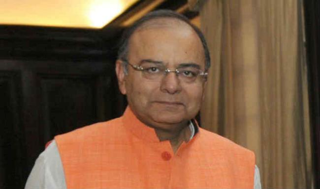 Arun Jaitley Says India Needs A Decisive Leader Like Modi - Sakshi
