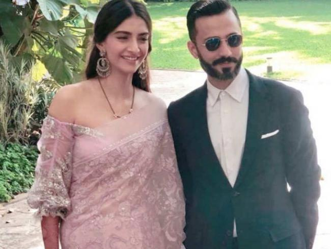 Sonam Kapoor Reveals Why She Married Anand Ahuja - Sakshi