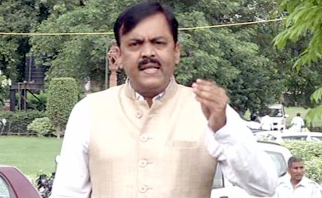BJP leader GVL Narasimha Rao Slams To TDP Leaders - Sakshi