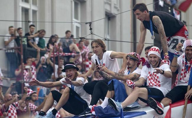 Croatia football Team Gets Grand Welcome - Sakshi