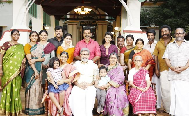 venkaiah naidu For Prices Karthi chinababu MMovie - Sakshi