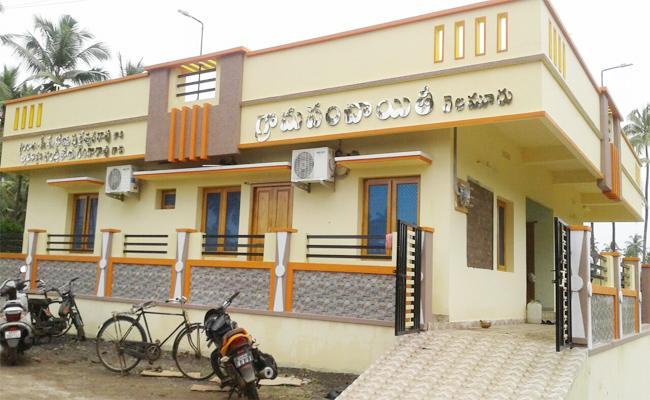 Ready For Panchayat Bhavan Second Time Opening In West Godavari - Sakshi