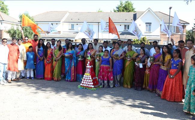 Bonala jathara held in london by Tauk - Sakshi