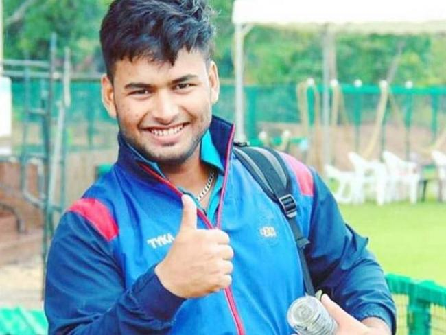 Kuldeep makes it, maiden Test call-up for Pant - Sakshi