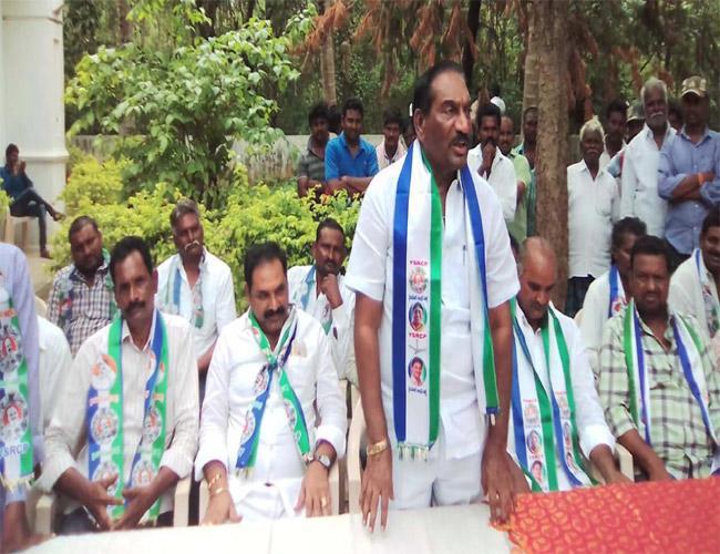 YSRCP Leaders Comments On CM Chandrababu Naidu Prakasam - Sakshi