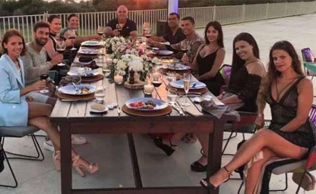 Cristiano Ronaldo Leaves 16 Lakhs Tip At Greece Hotel - Sakshi