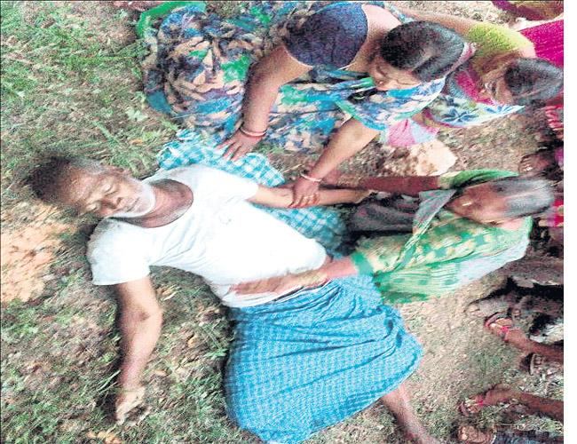 Farmer Commits Suicide In Ranga Reddy - Sakshi