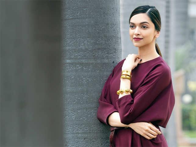 Deepika Padukone Wax Statue At Madame Tussauds - Sakshi
