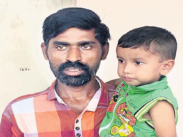 Victim complaint to the Joint Collector Surender Rao in Praja Vani - Sakshi