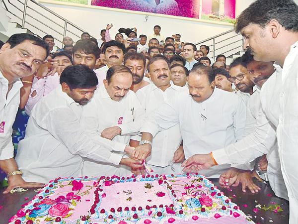 KTR Birthday Celebrations as solid - Sakshi