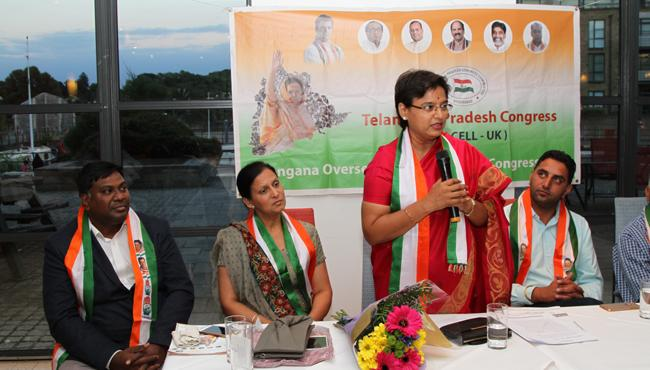 NRIs cunducts meet and greet with MLA Padmavathi in london - Sakshi