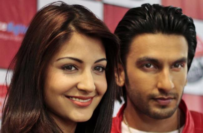 Ranveer Singh Said He Missed Anushka Sharma  - Sakshi