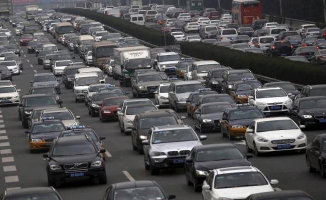 Motor Vehicle Bill Is At Rajya Sabha To amendment - Sakshi