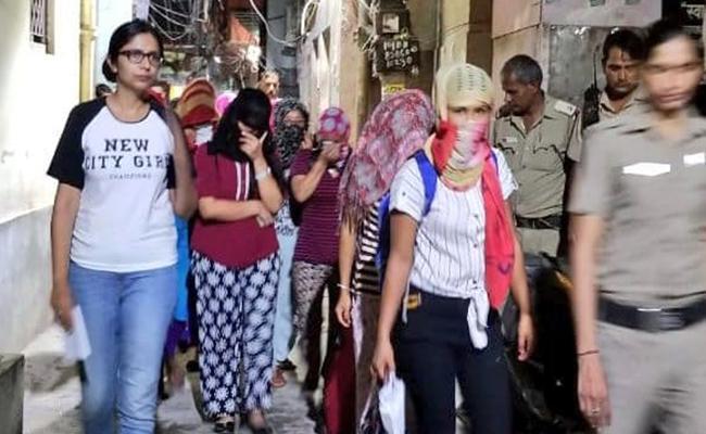 DCW Saves Trafficked Women In Delhi - Sakshi