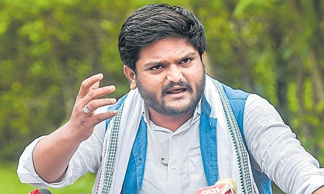 Hardik Patel sentenced to 2 years in jail - Sakshi