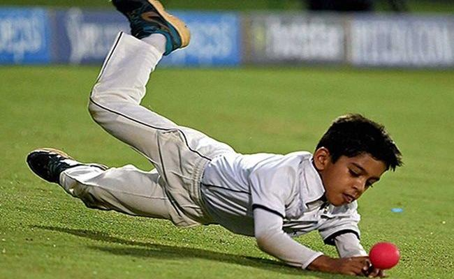 Dravid Son Produces Match Winning Performance in Under-14 Cricket - Sakshi