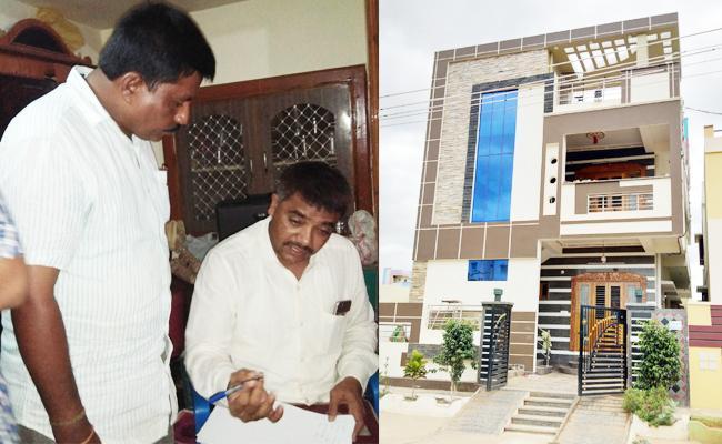 ACB Rides On Head Constable Home Kadapa - Sakshi