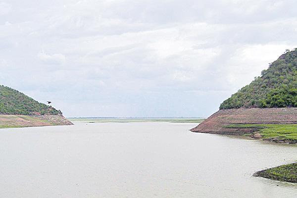 Reduced flood to Krishna River  - Sakshi