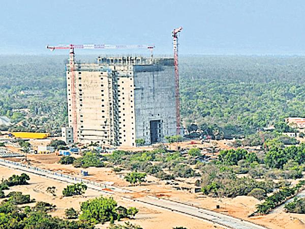 Massive experiments from ISRO - Sakshi