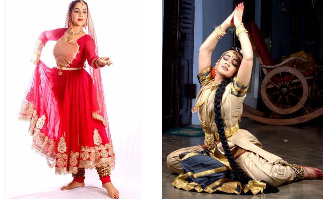 Manasa Dancing Kuchipudi In Athens International Art Platform - Sakshi