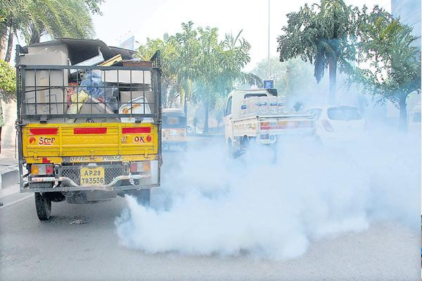 Air Pollution increasing every year in Greater Hyderabad - Sakshi