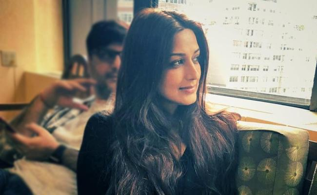 Actress Sonali Bendre Behl Diagnosed With Cancer - Sakshi