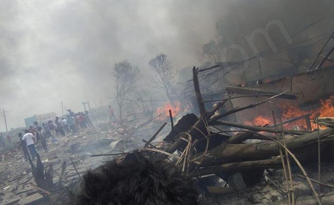 Cracker Unit Blast In Warangal 8 Killed - Sakshi