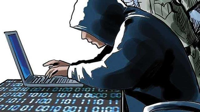 Indian-origin student at Kansas varsity pleads guilty of hacking - Sakshi