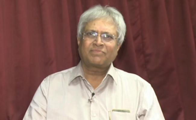 Undavalli Aruna Kumar Says AP Reorganisation Act, 2014 Is Not Valid - Sakshi