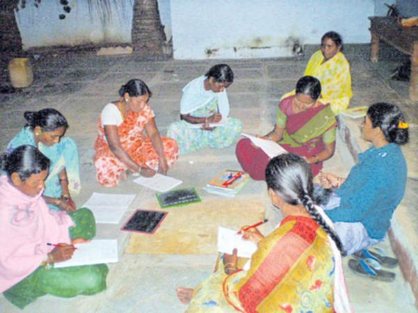 Government Negotiations Succeed With Saakshar Bharat Employees - Sakshi