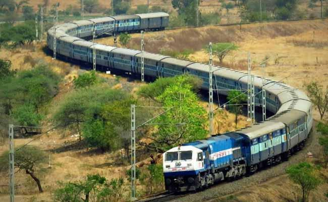 26 Minor Girls Rescued After A Passenger Tweet To Railway Protection Force - Sakshi