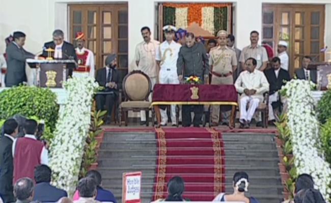 Justice Radhakrishnan Taken oath as New CJ of Hyderabad HC - Sakshi