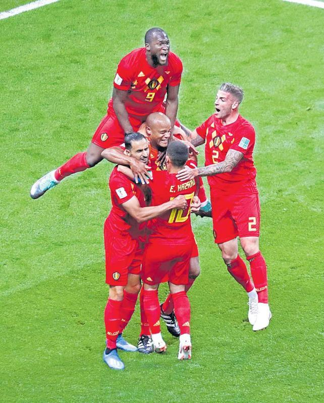 Belgium out-tactic Brazil to reach semi-finals - Sakshi