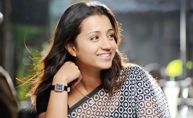 Actress Trisha Again Fall in Love - Sakshi