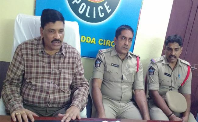 Black Magician Arrested In Guntur - Sakshi