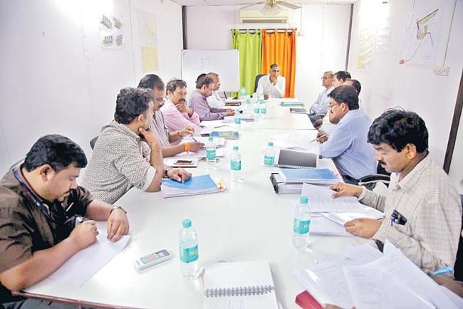harish rao review meeting on ananthagiri reservoir limits - Sakshi