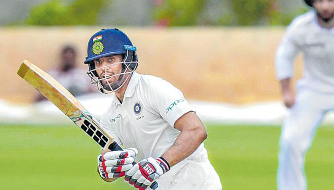 Hanuma Vihari carries India A to 322/4 against South Africa A  - Sakshi