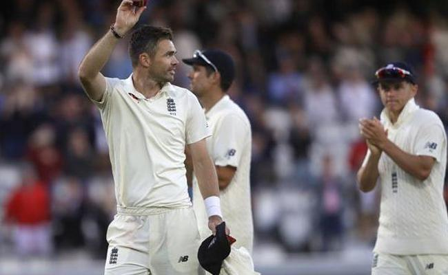 James Anderson scripts triple unique record - Sakshi
