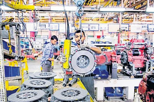 Industrial production grows at a 5-month high of 7% in June - Sakshi