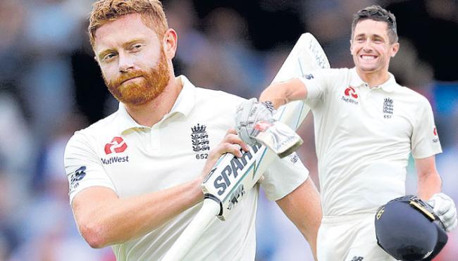2nd Test: Chris Woakes, Jonny Bairstow hurt India on Day 3 - Sakshi
