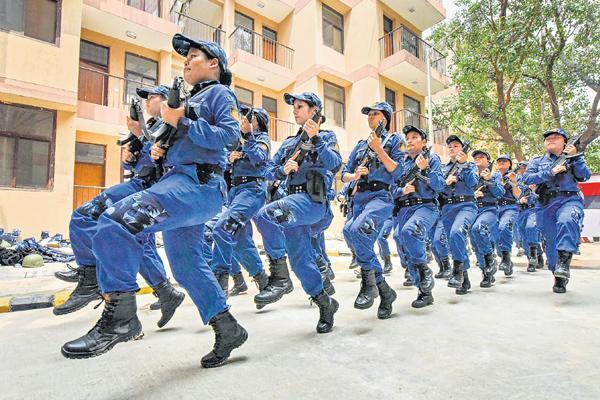 Women's Commando Team with 36 members in delhi police  - Sakshi