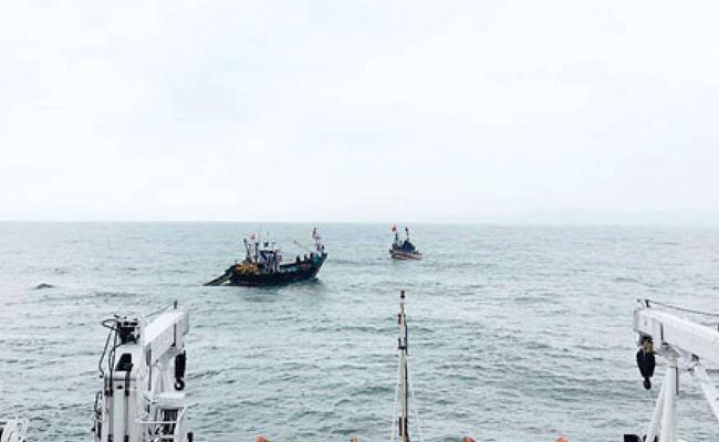 Pakistan Released Indian Fishermen - Sakshi