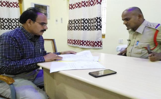 Collector Pradyumna Sirius On Medico Suicides Chittoor - Sakshi