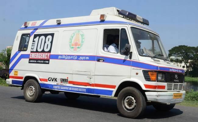 108 Employes Protest - Sakshi