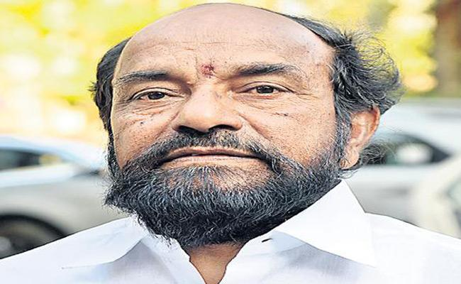 R Krishnaiah Demands Govt. Should Discuss With Panchayat Employees - Sakshi