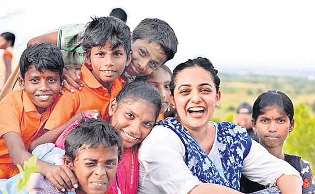 Heroine Nithya Menon like to childrens - Sakshi